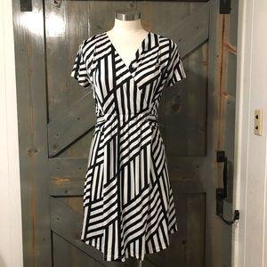 Umgee Black & White Dress Size Small